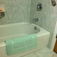 2014 - March - New bathroom at 611 (14)